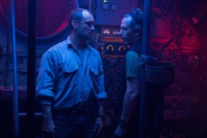 still-of-jude-law-and-ben-mendelsohn-in-black-sea-(2014)-large-picture (1)
