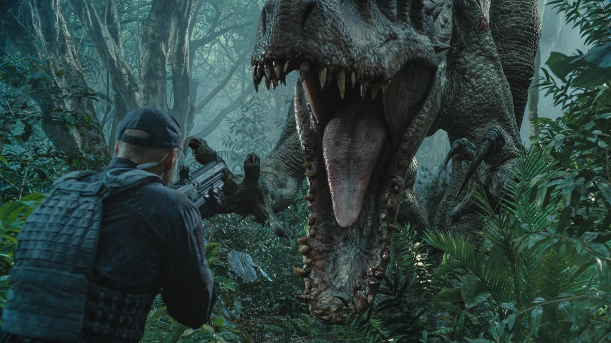 Jurassic World Indominus Rex - Featurette