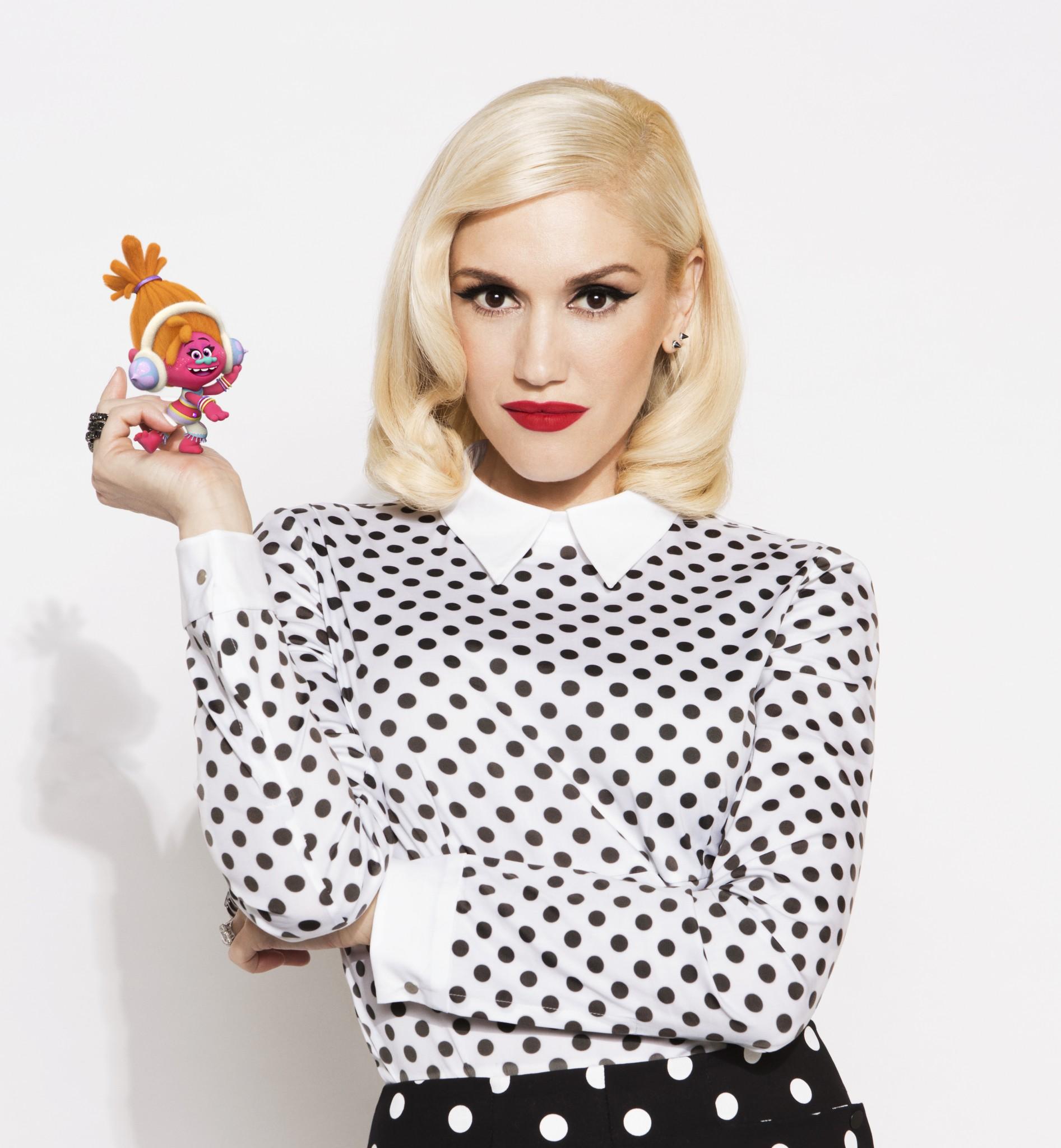 Gwen Stefani (DJ Suki)